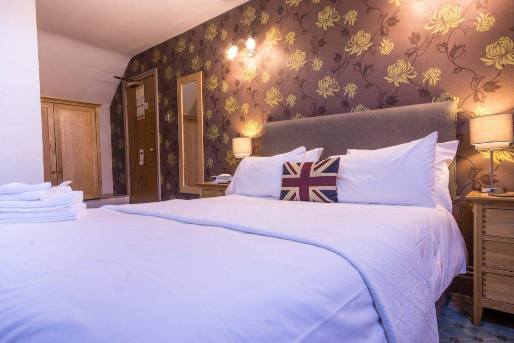 Yorkshire Bridge Inn Bedroom