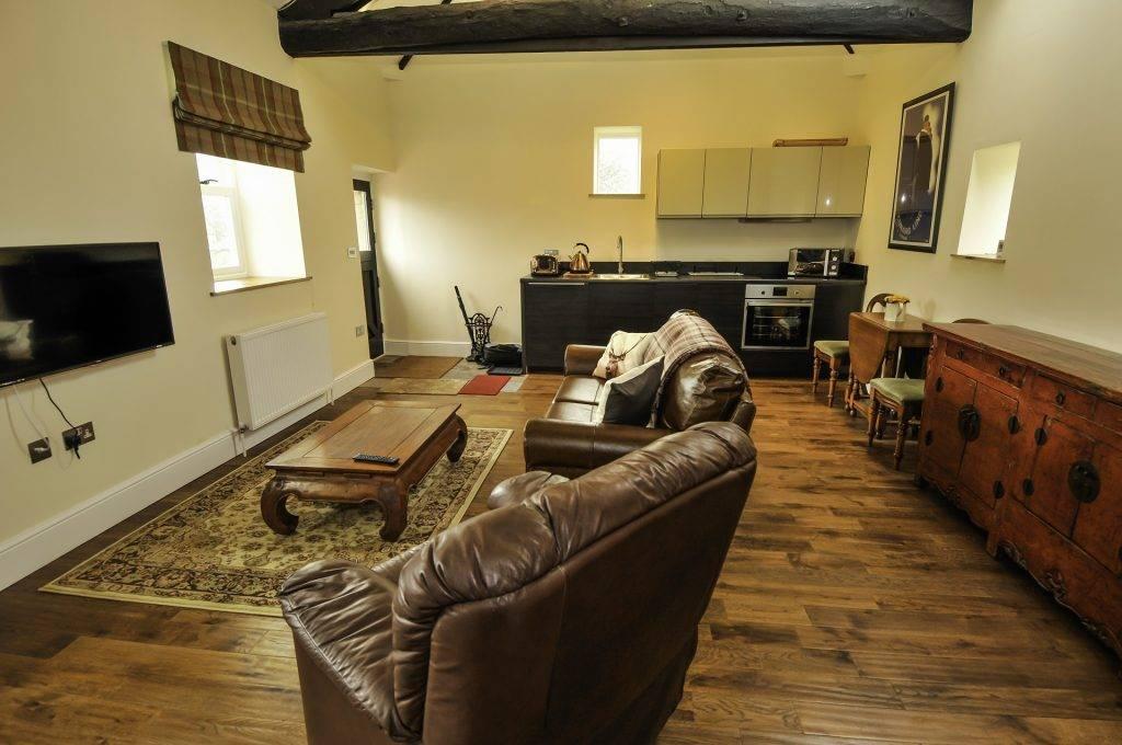 Beautiful Peak District holiday accommodation : Peveril House, Castleton