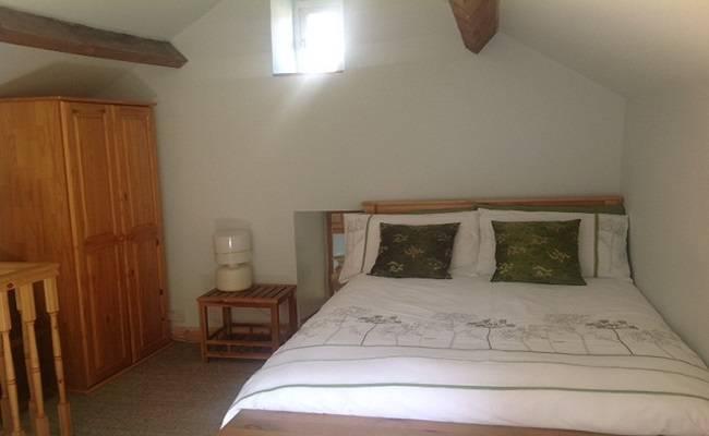 The bedroom at Chestnut Barn