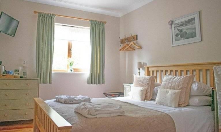 Innisfree double bedroom